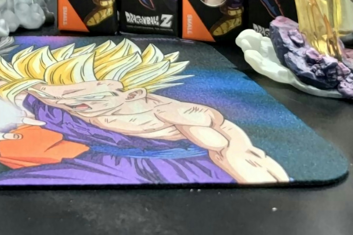 SteelSeries_QcK_DRAGON_BALL_05.jpg