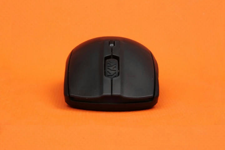 SteelSeries_Rival_3_Wireless_06.jpg
