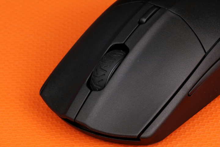 SteelSeries_Rival_3_Wireless_08.jpg