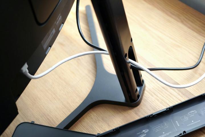 Xiaomi_Mi_144Hz_Curved_Gaming_Monitor_08.jpg